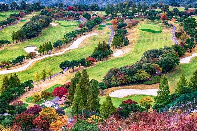 golfové hřiště.jpg