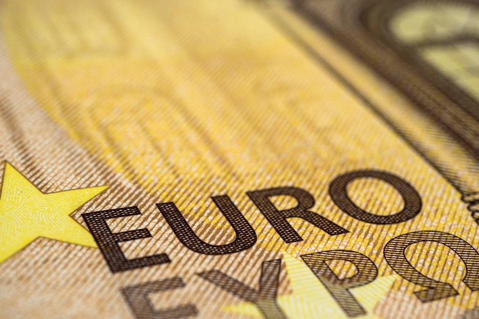 nápis euro